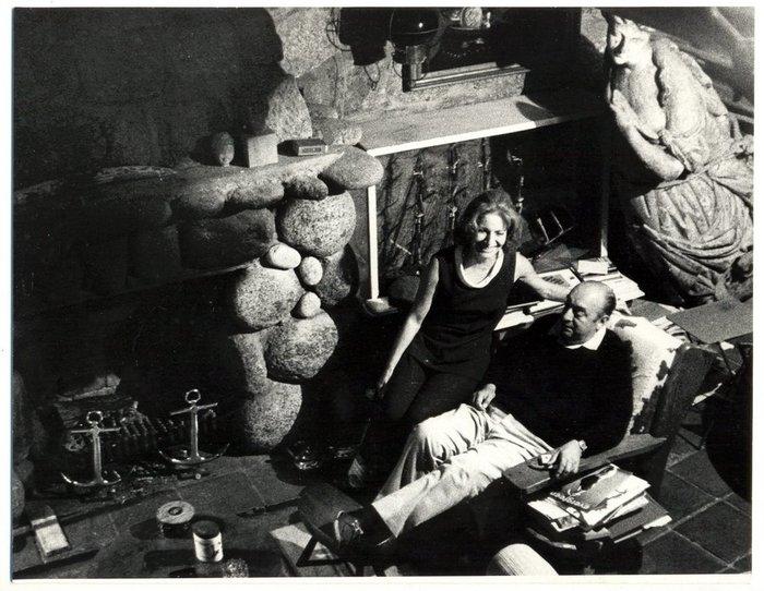 Ο Πάμπλο Νερούδα με την τρίτη σύζυγό του, Ματίλντε Ουρρούτια