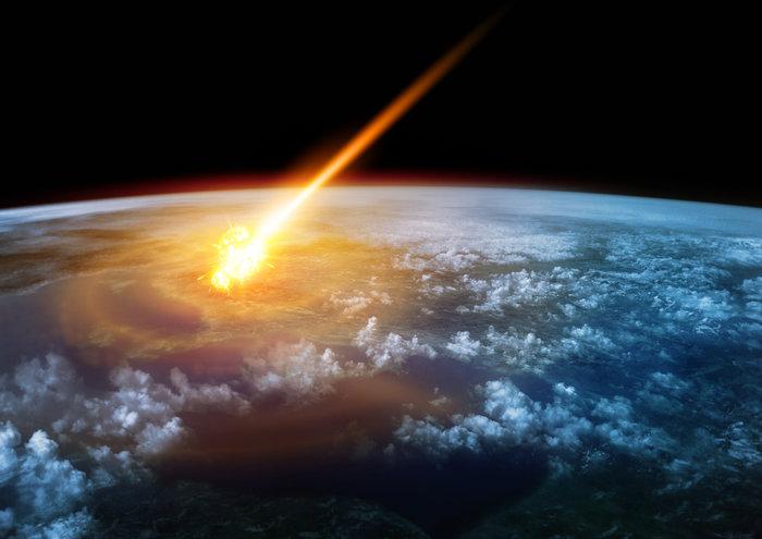 Έκλειψη, πανσέληνος & ένας κομήτης, όλα απόψε: Έρχεται το τέλος του κόσμου;