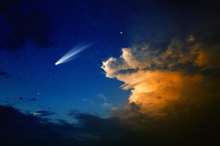 Έκλειψη, πανσέληνος & ένας κομήτης, όλα απόψε: Έρχεται το τέλος του κόσμου; - εικόνα 2