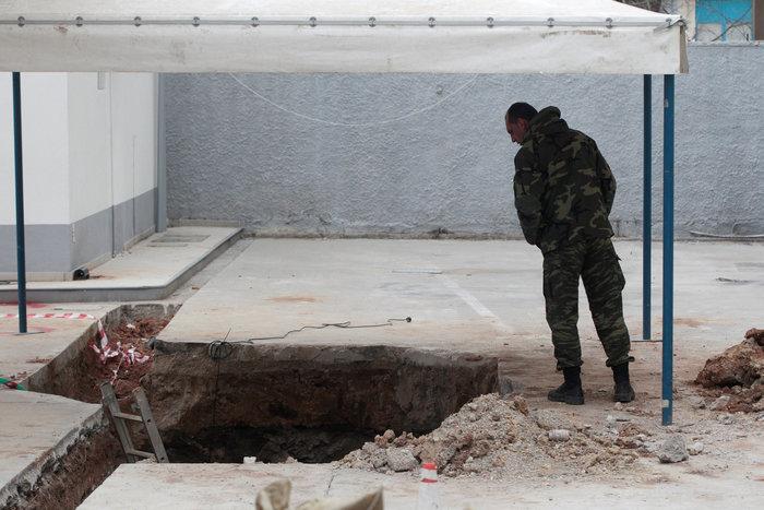 Σκηνές πολέμου για τη μεγαλύτερη εκκένωση ελληνικού χωριού εν καιρώ ειρήνης - εικόνα 3