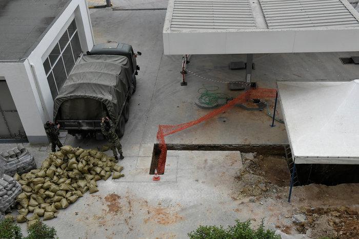 Επιχείρηση - βόμβα: Ξεκίνησε η εκκένωση του Κορδελιού - εικόνα 6