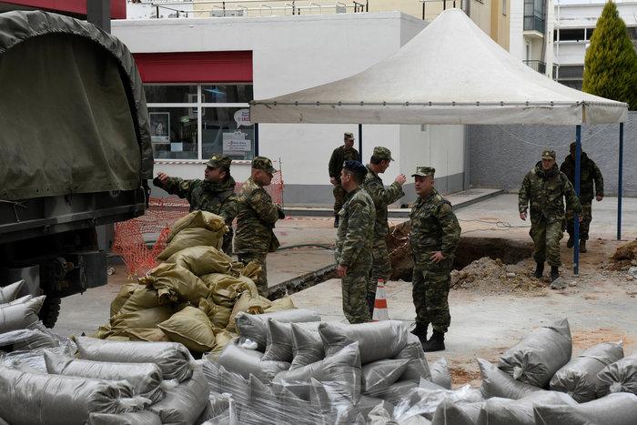 Σκηνές πολέμου για τη μεγαλύτερη εκκένωση ελληνικού χωριού εν καιρώ ειρήνης - εικόνα 6