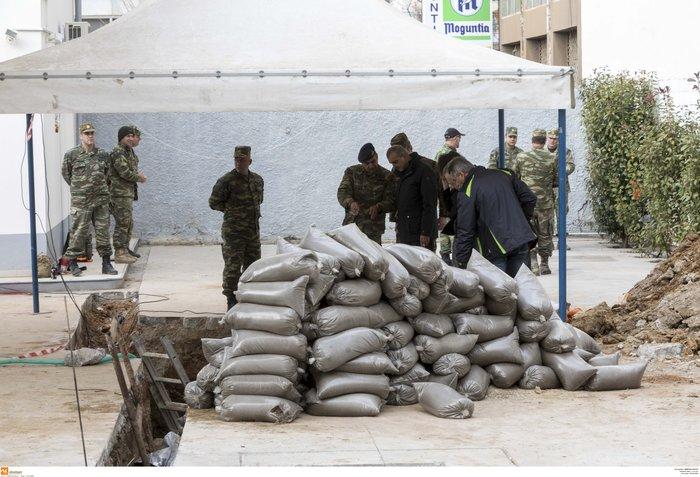 Επιχείρηση - βόμβα: Ξεκίνησε η εκκένωση του Κορδελιού - εικόνα 2