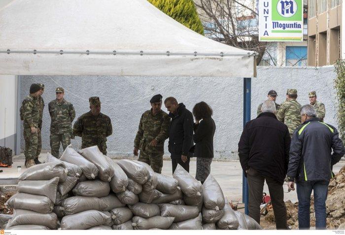 Επιχείρηση - βόμβα: Ξεκίνησε η εκκένωση του Κορδελιού - εικόνα 5