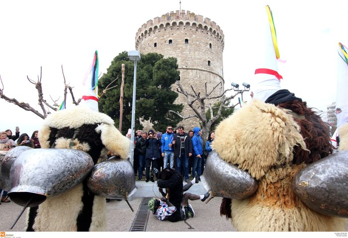 Θεσσαλονίκη: «Βροντάει» η πόλη από τους κωδωνοφόρους - εικόνα 8