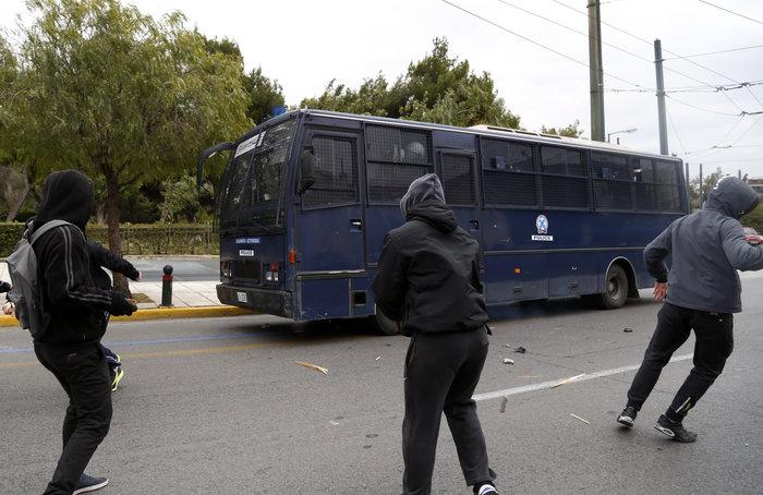 Ενταση στο μαθητικό συλλαλητήριο στην Αθήνα - εικόνα 6