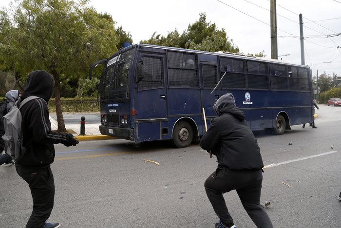 Ενταση στο μαθητικό συλλαλητήριο στην Αθήνα - εικόνα 7