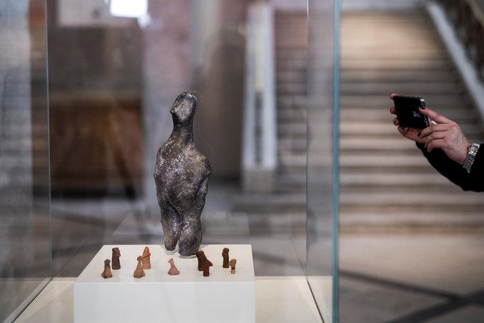 Ένα ελληνικό αίνιγμα 7.000 χρόνων με τον φακό του Reuters