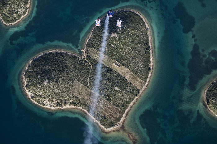 Το φυσικό νησί - καρδιά της Κροατίας και το παράτολμο άλμα της αγάπης