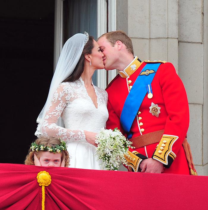 Γιατί η Κέιτ και ο Γουίλιαμ δεν αγγίζουν σχεδόν ποτέ ο ένας τον άλλο;