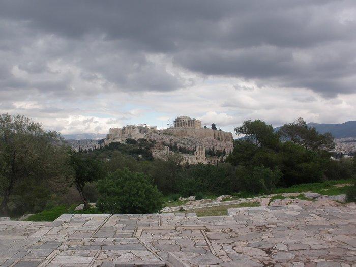 Το άνδηρο του Πικιώνη ως εναλλακτικός χώρος της επίδειξης