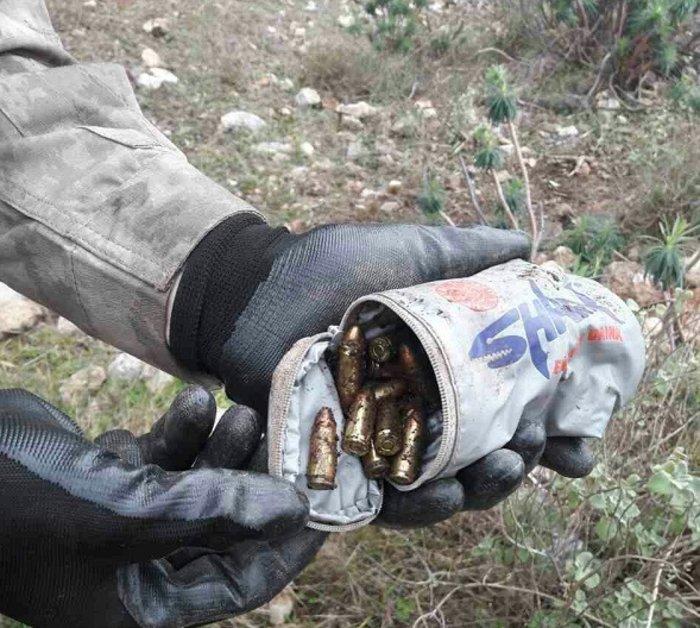 Κερατέα: Μέλη κυκλώματος ηρωίνης είχαν φτιάξει σπίτι- φρούριο - εικόνα 2