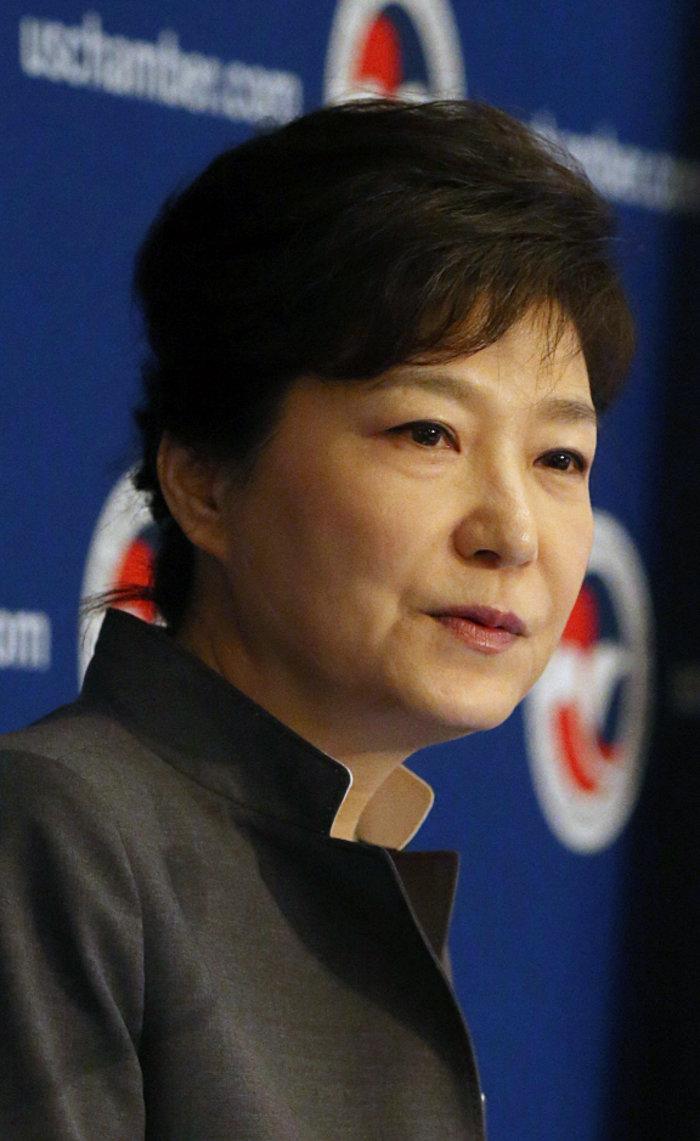 Ενταλμα σύλληψης του πρόεδρου της Samsung για διαφθορά