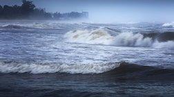 Στους 130.000 ο αριθμός των εκτοπισμένων από τον κυκλώνα
