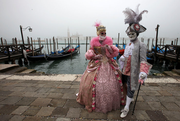 Το καρναβάλι της Βενετίας και η μοναδική ιστορία του [Εικόνες] - εικόνα 3