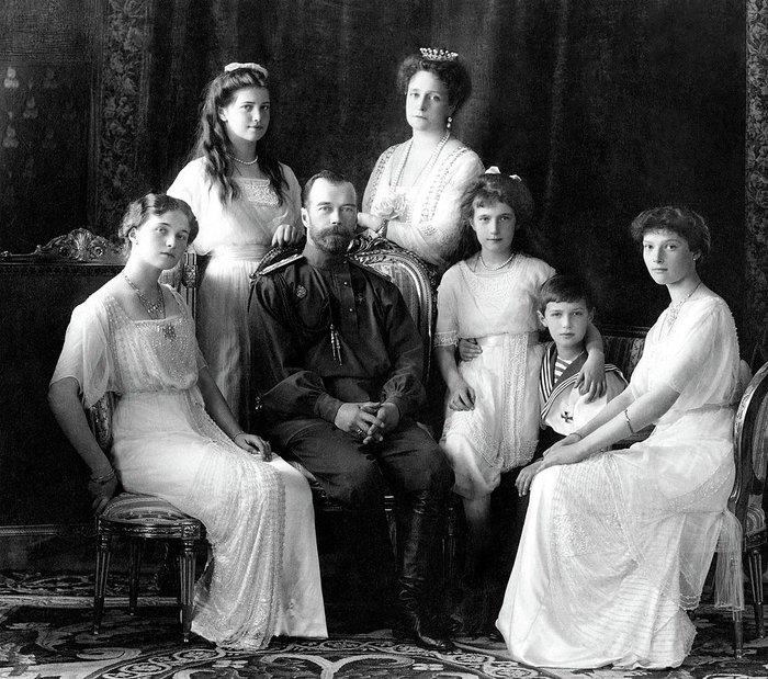 Η ιστορία της πτώσης του Οίκου των Ρομανώφ, μια συναρπαστική ταινία - εικόνα 3