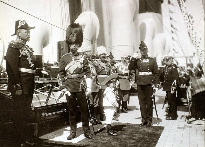 Η ιστορία της πτώσης του Οίκου των Ρομανώφ, μια συναρπαστική ταινία - εικόνα 4