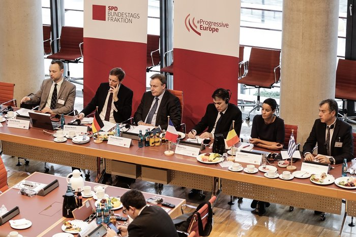 Ομιλία Θεοδωράκη σε εκδήλωση των γερμανών Σοσιαλδημοκρατών - εικόνα 2