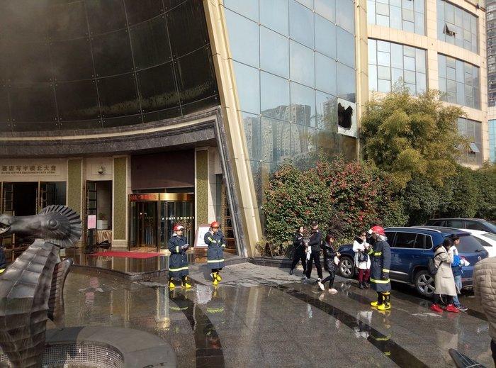 Δέκα νεκροί από φωτιά σε μεγάλο ξενοδοχείο στην Κίνα