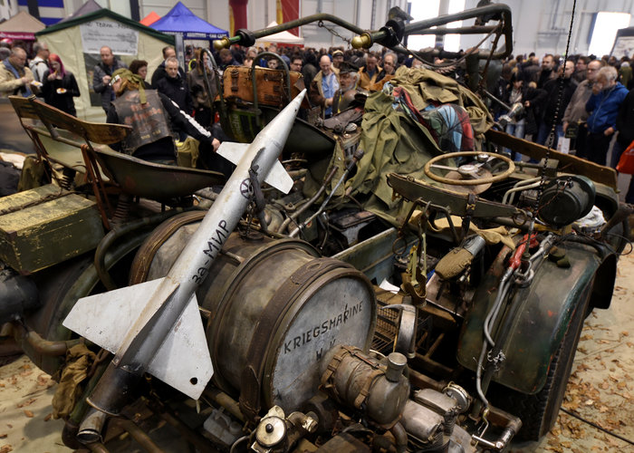 Tank bike: Μια διαφορετική μοτοσυκλέτα φτιαγμένη από... τεθωρακισμένα - εικόνα 2