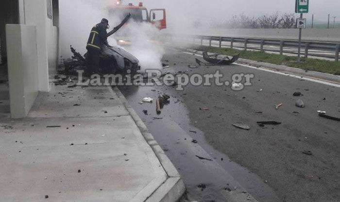 Σοκαρισμένο το πανελλήνιο από το φρικτό τροχαίο στην Αθηνών-Λαμίας - εικόνα 4