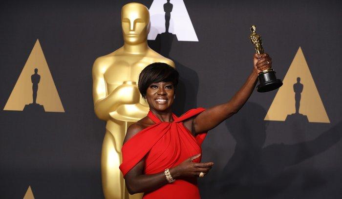 Βαϊόλα Ντέιβις: Η πρώτη μαύρη ηθοποιός που κατακτά Emmy, Tony και Oscar