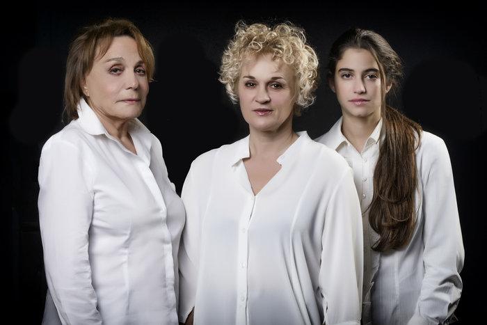 """Έρχονται οι """"τρεις ψηλές γυναίκες"""" στο Κεφαλληνίας - εικόνα 2"""