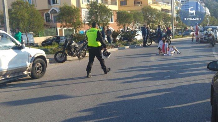 Σοβαρό τροχαίο με ποδηλάτες και μοτοσικλέτα της Αστυνομίας (ΦΩΤΟ) - εικόνα 3