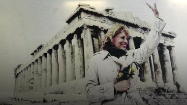 o-agwnas-tis-melinas-gia-ta-glupta-tou-parthenwna-sto-mouseio-tis-akropolis