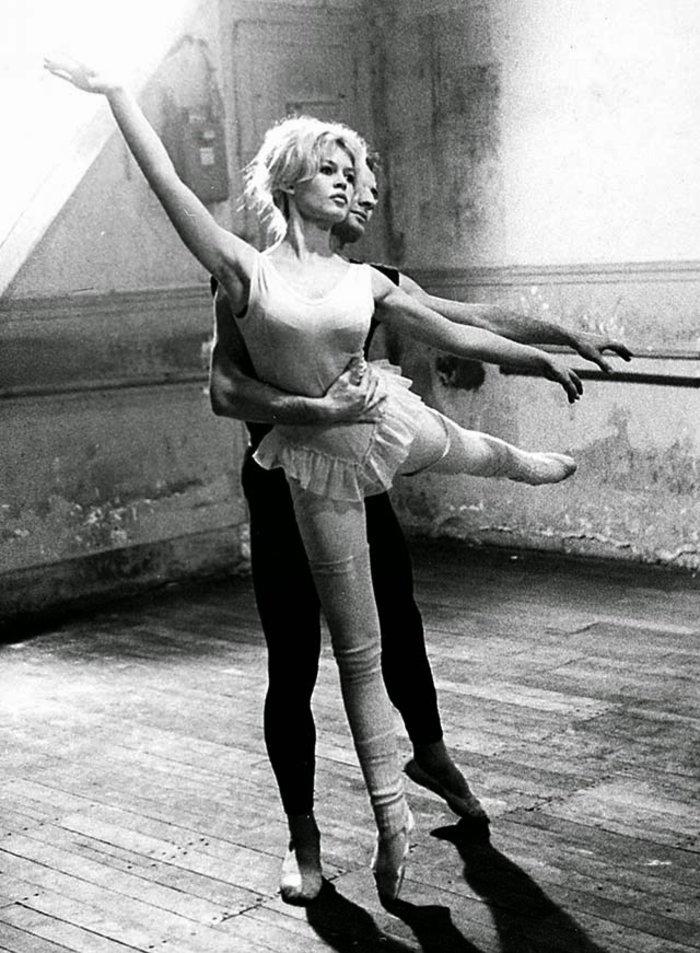 Μπριζίτ Μπαρντό: Η πρίμα μπαλαρίνα που έγινε σύμβολο του σεξ - εικόνα 17