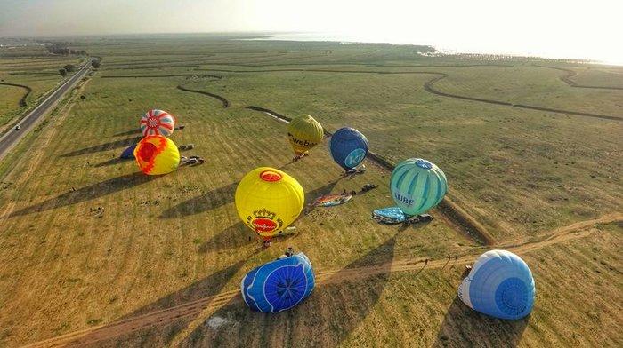 Τυνησία: Γέμισε ο ουρανός με χρώματα σε διεθνές φεστιβάλ αερόστατων