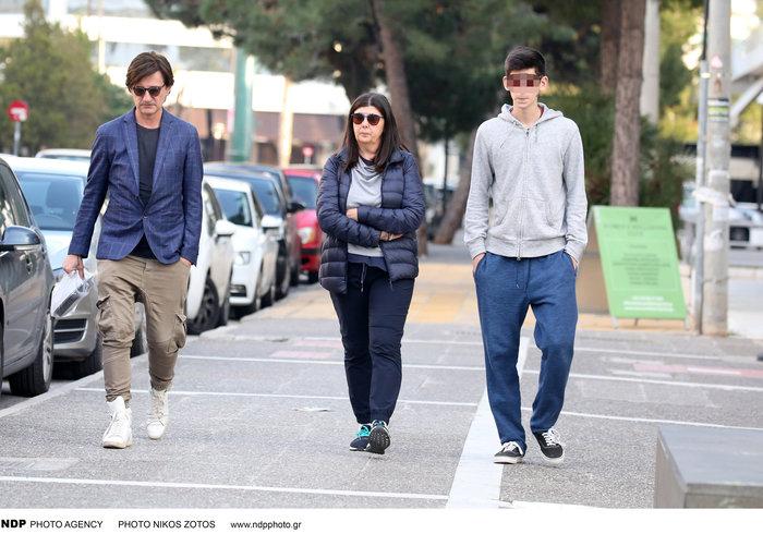 Θοδωρής Κουτσογιαννόπουλος: Η σπάνια εμφάνιση με τη σύζυγο και τον γιο του - εικόνα 3