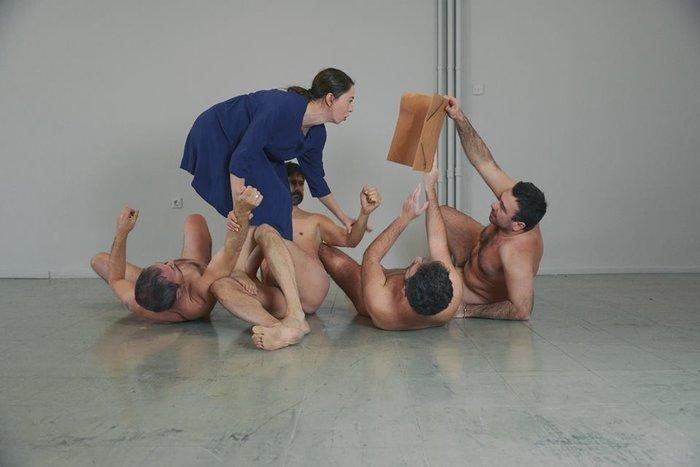 Μια παράσταση, εκεί που έραβαν οι μοδίστρες του Εθνικού Θεάτρου - εικόνα 4