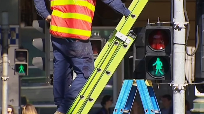 Τα φανάρια στην Αυστραλία έγιναν ...γένους θηλυκού - εικόνα 3