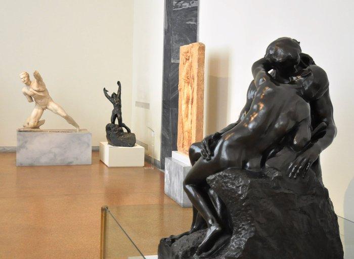 Η Λαμπράκη για τον Ροντέν: Ο γλύπτης που δούλεψε κι ερωτεύτηκε με πάθος