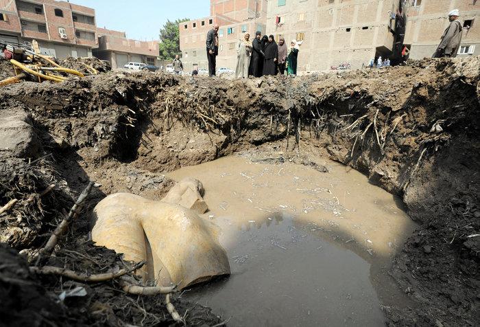 Κολοσσιαίο άγαλμα του Ραμσή βρέθηκε σε φτωχογειτονιά του Καΐρου - εικόνα 3