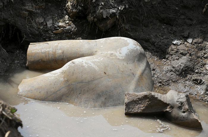 Κολοσσιαίο άγαλμα του Ραμσή βρέθηκε σε φτωχογειτονιά του Καΐρου - εικόνα 5