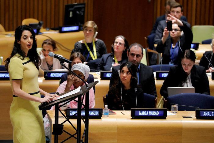 Αμάλ Κλούνεϊ-Νάντια Μουράντ: Mαζί στον «πόλεμο» κατά του ISIS - εικόνα 2