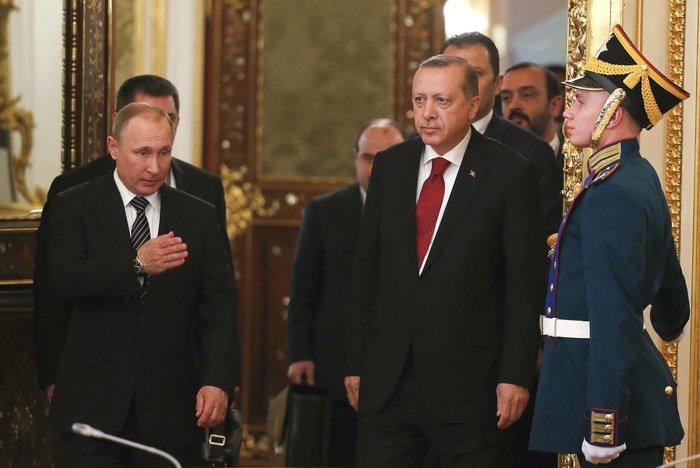 Ο «θάνατος» της EE και το κοινό μέτωπο Πούτιν-Ερντογάν