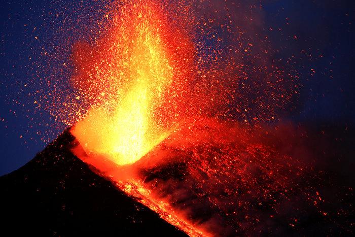 Αίτνα, το ηφαίστειο που δεν έχει σταματήσει να βρυχάται - εικόνα 2