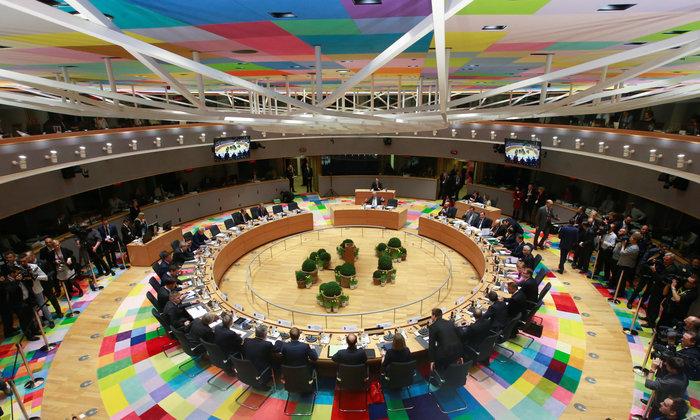 H αίθουσα της Συνόδου Κορυφής