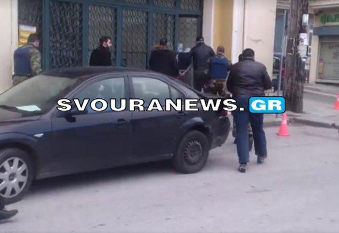 Καστοριά: Στον ανακριτή ο αστυνομικός που δολοφόνησε τον οδηγό ταξί [video]