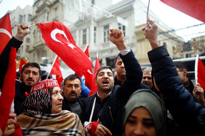 «Πόλεμος» Τουρκίας-Ολλανδίας με διαβήματα & ταξιδιωτικές οδηγίες - εικόνα 3