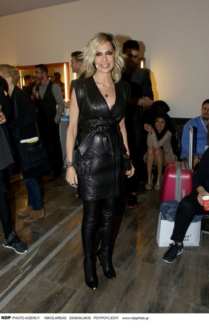 Η εκρηκτική εμφάνιση της Αννας Βίσση στο Star Academy με total leather look - εικόνα 6