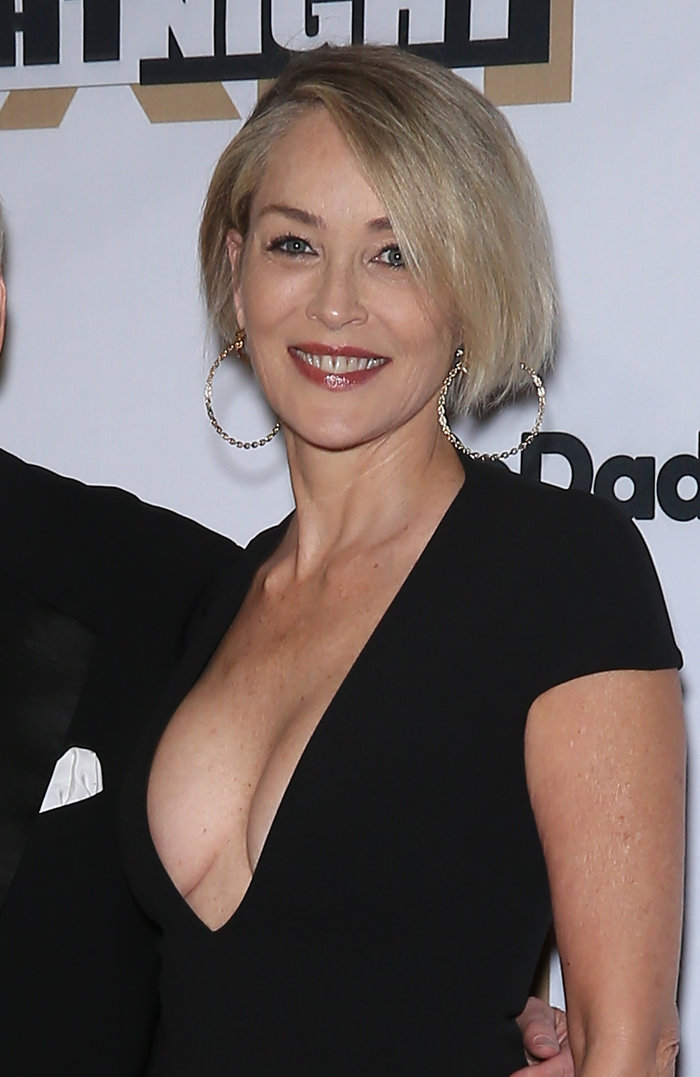 Η Σάρον Στόουν απέδειξε (ξανά) ότι παραμένει «θεά» στα 59 της