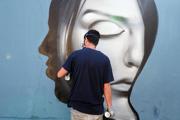 Μια street art επέμβαση σε εγκαταλελειμμένο κτίριο στην Πλ. Αττικής - εικόνα 14