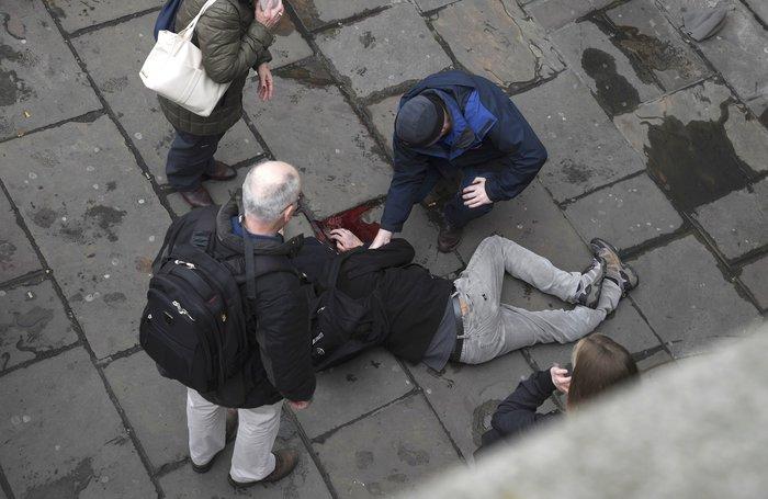 Tρόμος στην καρδιά του Λονδίνου με 4 νεκρούς & 29 τραυματίες - εικόνα 6