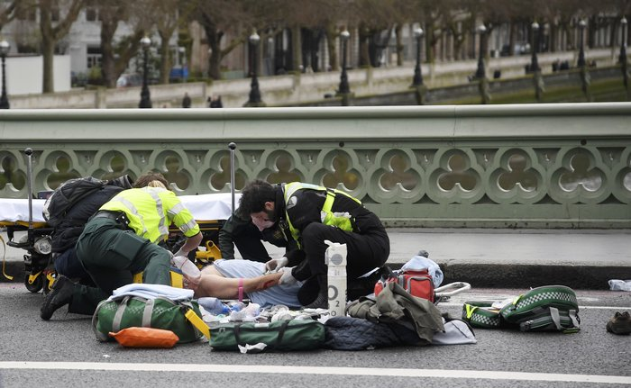 Tρόμος στην καρδιά του Λονδίνου με 4 νεκρούς & 29 τραυματίες - εικόνα 7