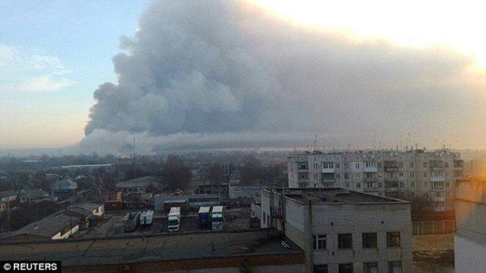 Εκρηξη σε αποθήκη πυρομαχικών στην Ουκρανία-Μαζική εκκένωση