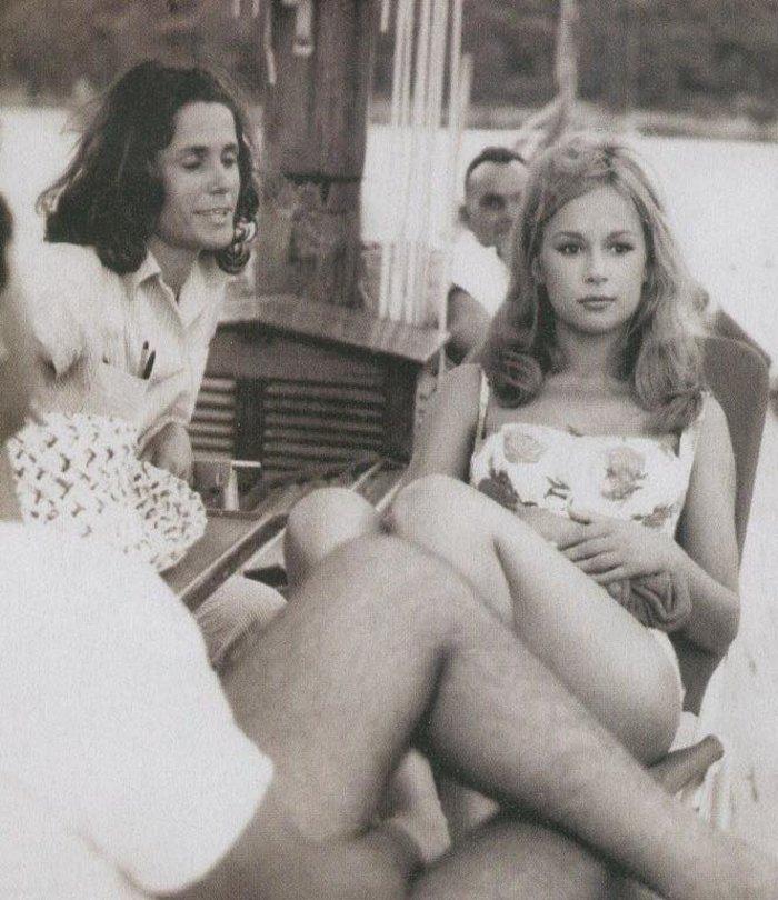 Πανέμορφη η Αλίκη Βουγιουκλάκη σε σπάνιες, αδημοσίευτες φωτογραφίες - εικόνα 9